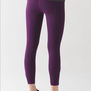 Lululemon Inspire Tight II Size 8